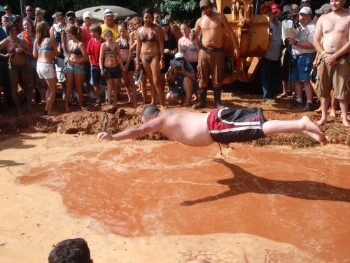 Mudpit belly flop, Redneck Games 2010